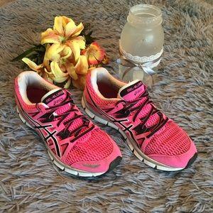 ASICS GelBlur33 Pink & Black Athletic Shoes Sz 8
